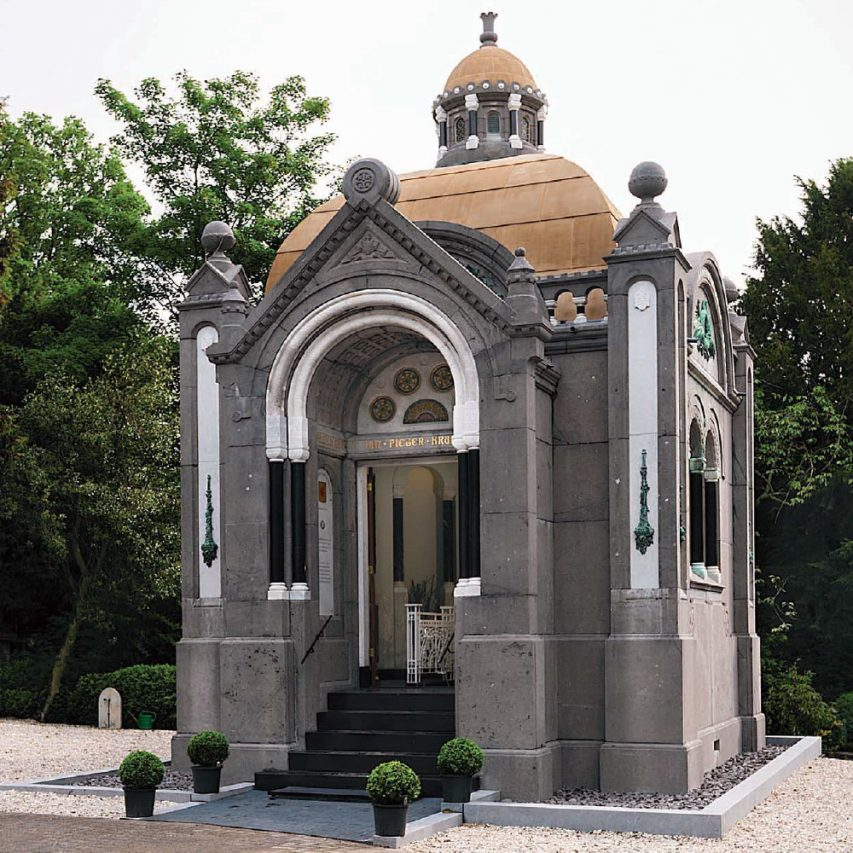 Mausoleum, Rotterdam